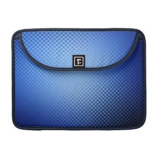 穴があいた青い金属のお洒落なモダン MacBook PROスリーブ