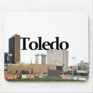 空のトレドとのトレドオハイオ州のスカイライン マウスパッド