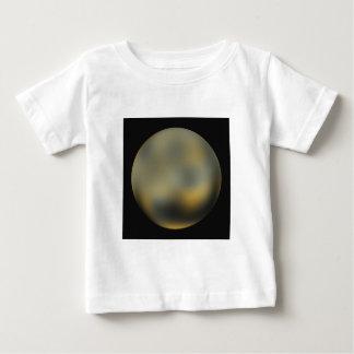空のプルートの惑星の巨大な球 ベビーTシャツ