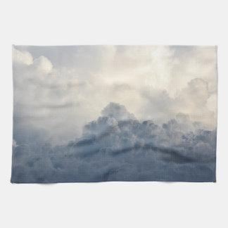 空の嵐雲の天空の白い雲 キッチンタオル