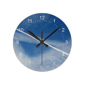 空の白いレース ラウンド壁時計