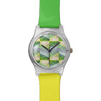 空の緑の腕時計の部分 腕時計