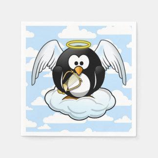 空の背景が付いている雲の天使のペンギン スタンダードカクテルナプキン