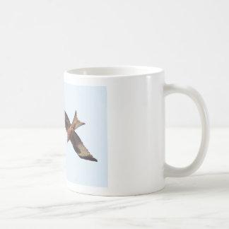 空の赤い凧 コーヒーマグカップ