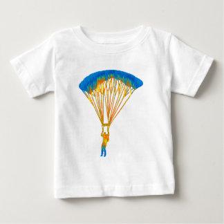 空の飛び込み旅行 ベビーTシャツ