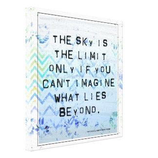 空は限界の感動的でかわいらしい青です キャンバスプリント