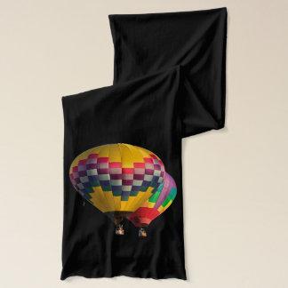 空中に気球 スカーフ