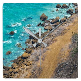 空中写真の太平洋の海岸線プエルトローペッツ スクエア壁時計