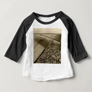 空気からの地球 ベビーTシャツ