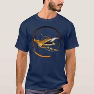 空腹な魚のTシャツ Tシャツ