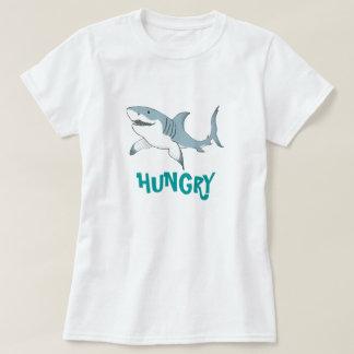 空腹な鮫の女性T Tシャツ