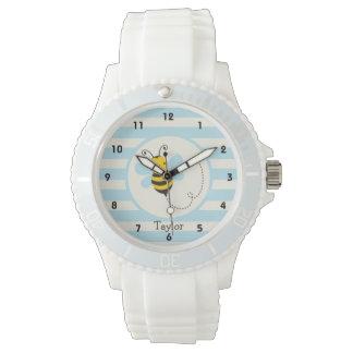 空色のストライプのかわいく黄色及び黒い蜂 腕時計