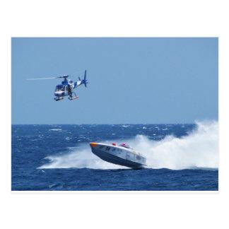 空輸のパワーボートおよびヘリコプター ポストカード