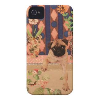 窓のその小犬はであるかどの位か。: パグの子犬 Case-Mate iPhone 4 ケース