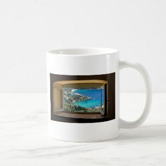 窓のギリシャ コーヒーマグカップ