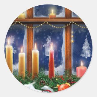 窓のクリスマスのステッカーの蝋燭 ラウンドシール