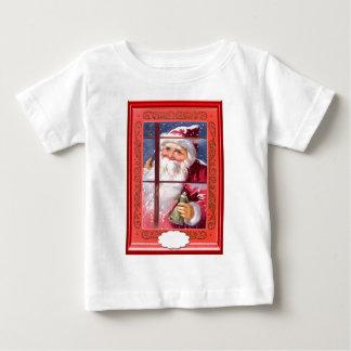 窓のサンタ ベビーTシャツ
