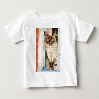 窓のSimone (シャム) ベビーTシャツ