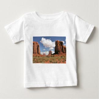 窓、記念碑の谷、UT ベビーTシャツ