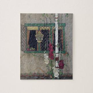 窓、鳥かごおよび花のヴィンテージの家 ジグソーパズル
