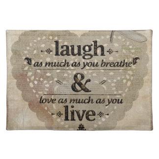 笑い、生きている愛 ランチョンマット