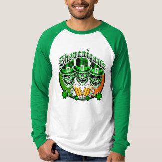 笑うアイルランドの小妖精のスカル: 偽り Tシャツ