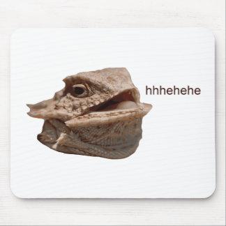 笑うイグアナのHeHeトカゲ マウスパッド