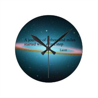 第一歩のLaoziの引用文の時計 ラウンド壁時計