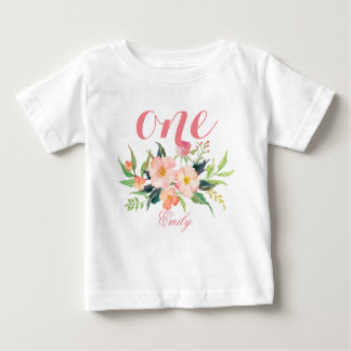 第1名前入りな7誕生日の水彩画の花柄 ベビーTシャツ