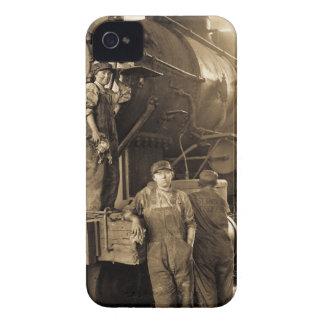 第1次世界大戦のヴィンテージの円形機関車庫Rosies Case-Mate iPhone 4 ケース