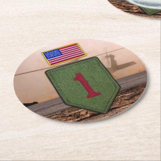 第1歩兵の大きい赤1の退役軍人はコースターを診察します ラウンドペーパーコースター
