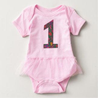 第1誕生日のアールヌーボーの明るいピンクのチュチュのボディスーツ ベビーボディスーツ