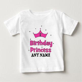 第1誕生日のプリンセス!  ピンクの王冠を使って ベビーTシャツ