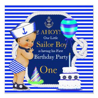 第1誕生日の少年水夫の濃紺のストライプのブルネット 13.3 スクエアインビテーションカード
