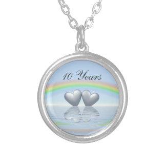 第10記念日の錫のハート シルバープレートネックレス
