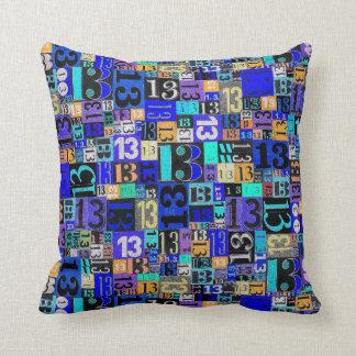第13誕生日の青のための誕生日の枕 クッション