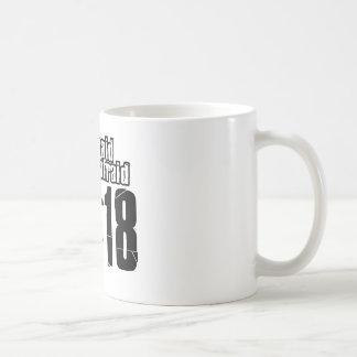 第18バスケットボールのデザイン コーヒーマグカップ