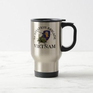 第1 Huey航空Bdeのベトナムの獣医 トラベルマグ