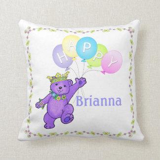 第2誕生日の紫色くま、名前をカスタムする クッション