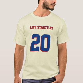 第20 20の誕生日の冗談の生命開始 Tシャツ