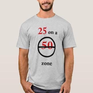 第25誕生日の速度のTシャツ Tシャツ