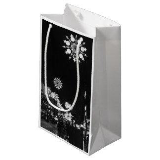 第26 1960年11月: 都市クリスマスの照明 スモールペーパーバッグ