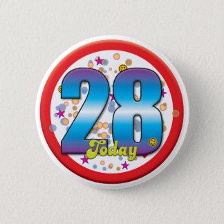 第28今日誕生日v2 5.7cm 丸型バッジ