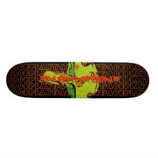 第3目GRAPHIXの迷彩柄のきのこ 20CM スケートボードデッキ