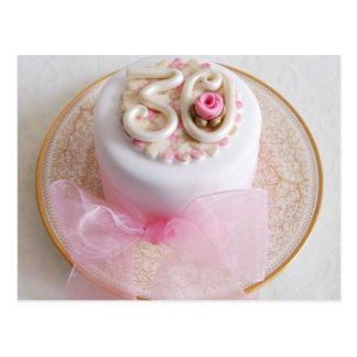 第30お祝いのピンクのバラのケーキの郵便はがき ポストカード