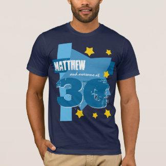 第30素晴らしい誕生日の名前をカスタムするの青い金ゴールドV01 Tシャツ