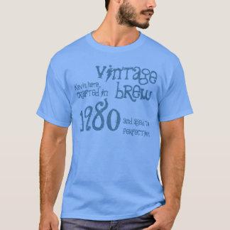 第35誕生日プレゼントの1980年のヴィンテージの醸造物の青いデニムV1 Tシャツ