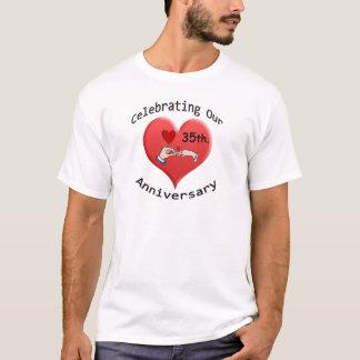 第35。 記念日 Tシャツ