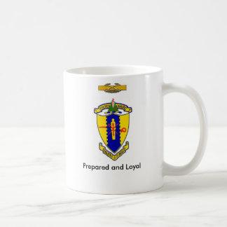 第4騎兵隊は、モットーおよびCCB頂点に達します コーヒーマグカップ