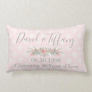 第40結婚記念日のピンクおよび銀 ランバークッション